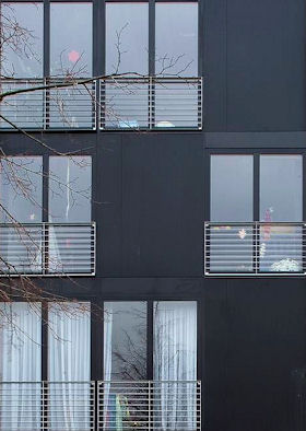 stadthaus karlsruhe fassade. Black Bedroom Furniture Sets. Home Design Ideas