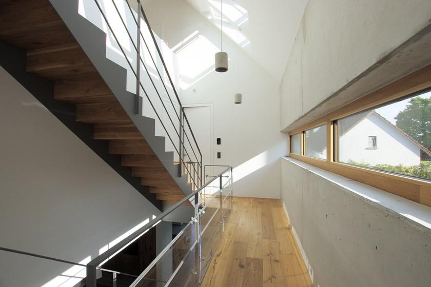Wohnhaus Sichtbeton-Holz